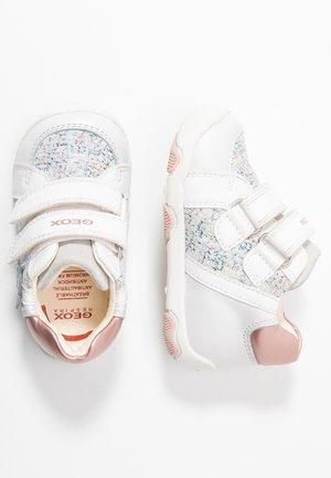 NEW BALU GIRL - Baby shoes - white