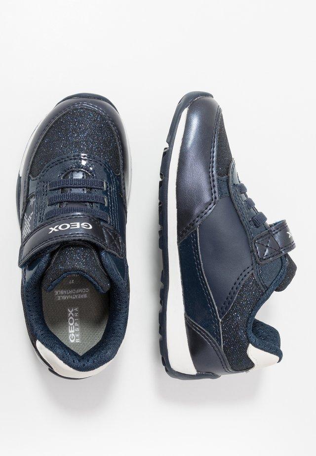 JOCKER PLUS GIRL - Sneaker low - navy/silver