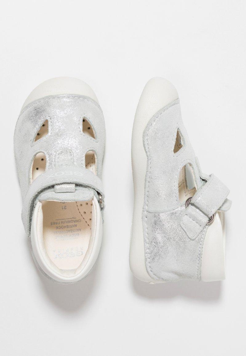Geox - TUTIM GIRL - Lauflernschuh - silver/white
