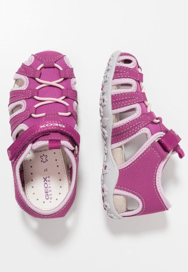 ROXANNE - Sandalias - dark raspberry/pink