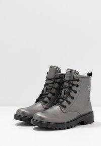 Geox - CASEY GIRL - Bottines à lacets - dark grey - 3