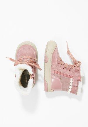 JAYJ GIRL - Dětské boty - dark pink
