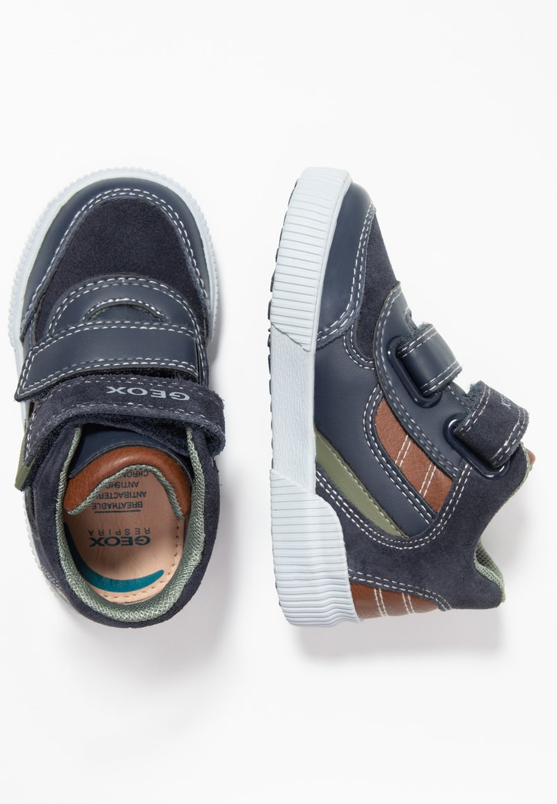 Geox - KILWI BOY - Baby shoes - navy/cognac