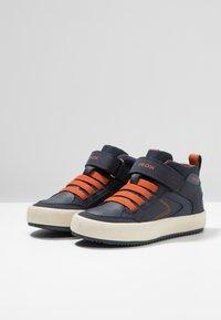 Geox - ALONISSO BOY - Sneaker high - navy/dark orange - 2