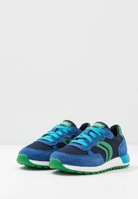 Geox - ALBEN BOY - Zapatillas - royal/green - 3