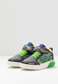 Geox - GRAYJAY BOY - Baskets montantes - black/green - 2