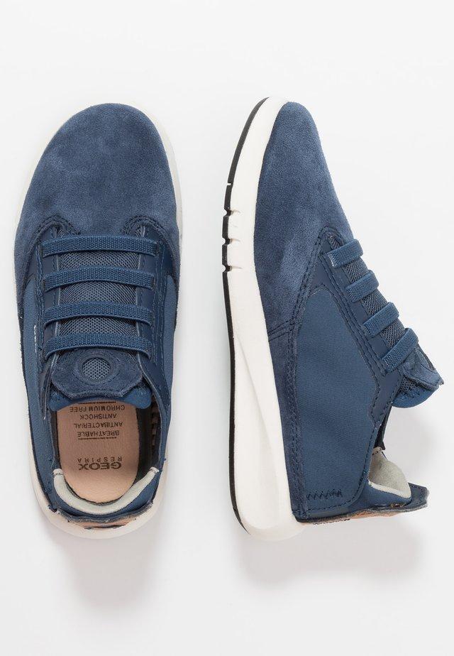 AERANTER BOY - Sneakers laag - blue