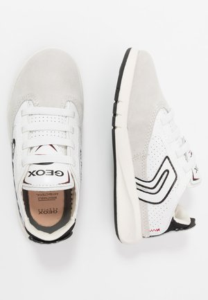 AERANTER BOY - Mocasines - light grey/white