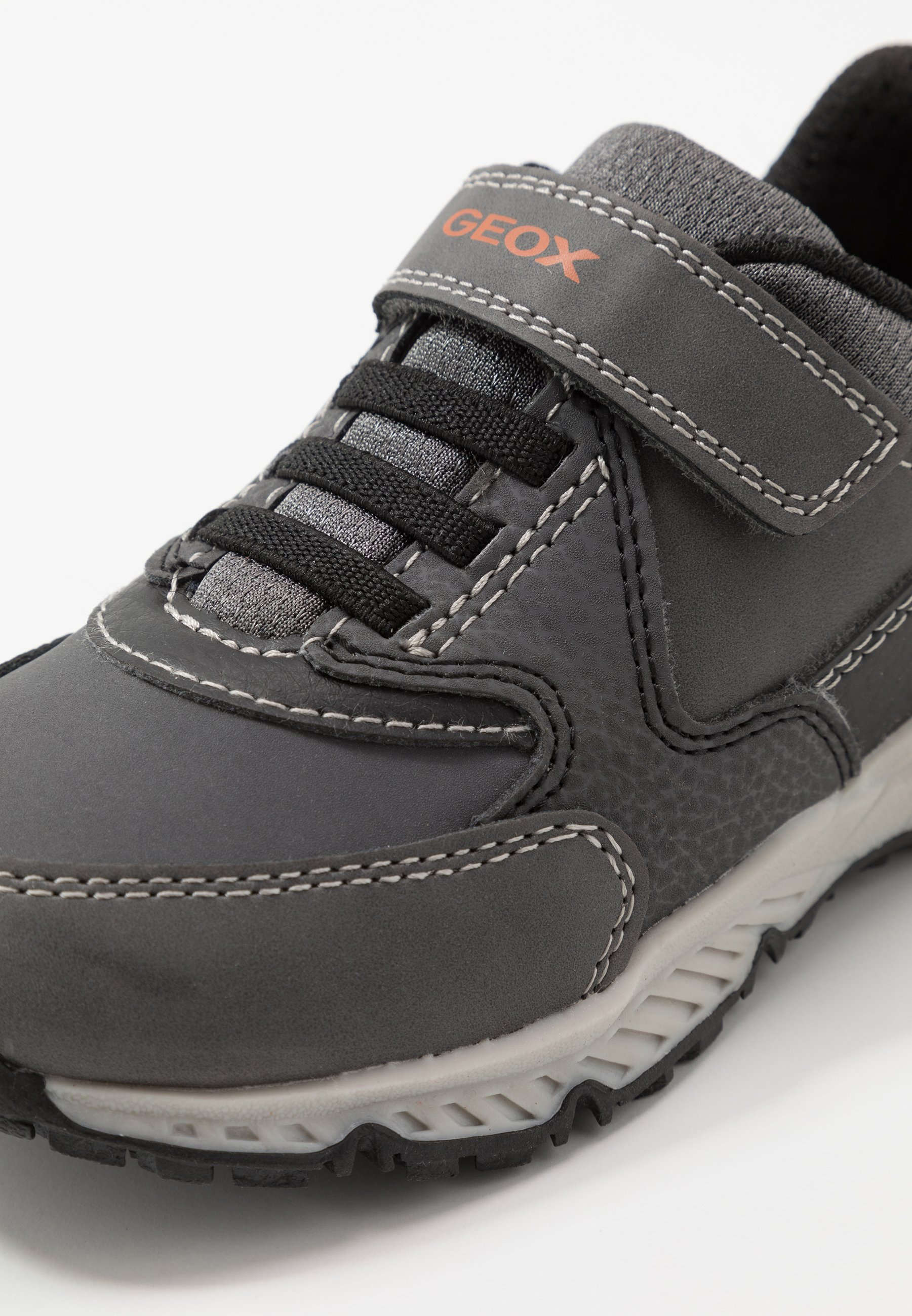 BERNIE Sneaker low anthraciteblack IJPXJ