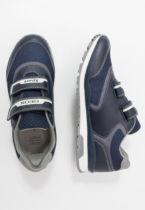 PAVEL - Zapatillas - navy/avio