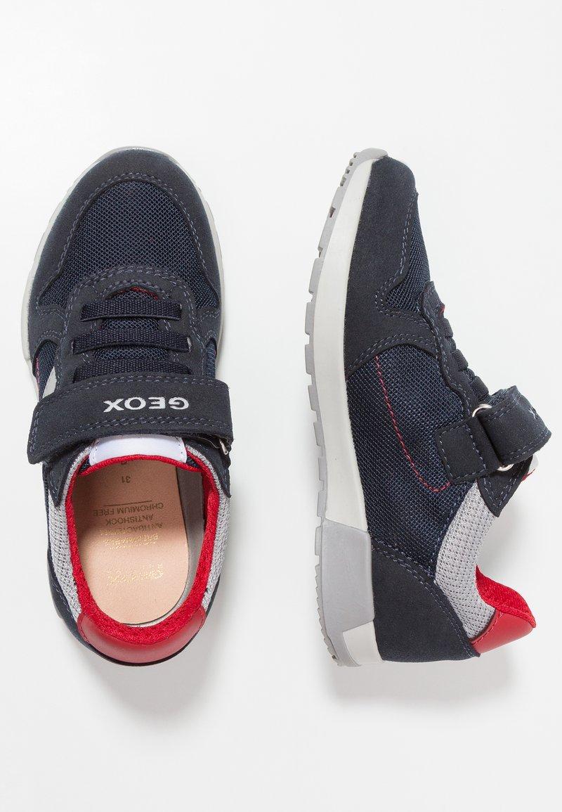 Geox - ALFIER BOY - Sneakers laag - navy/red