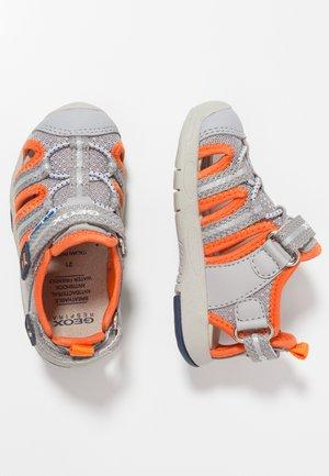 MULTY BOY - Sandales de randonnée - grey/orange