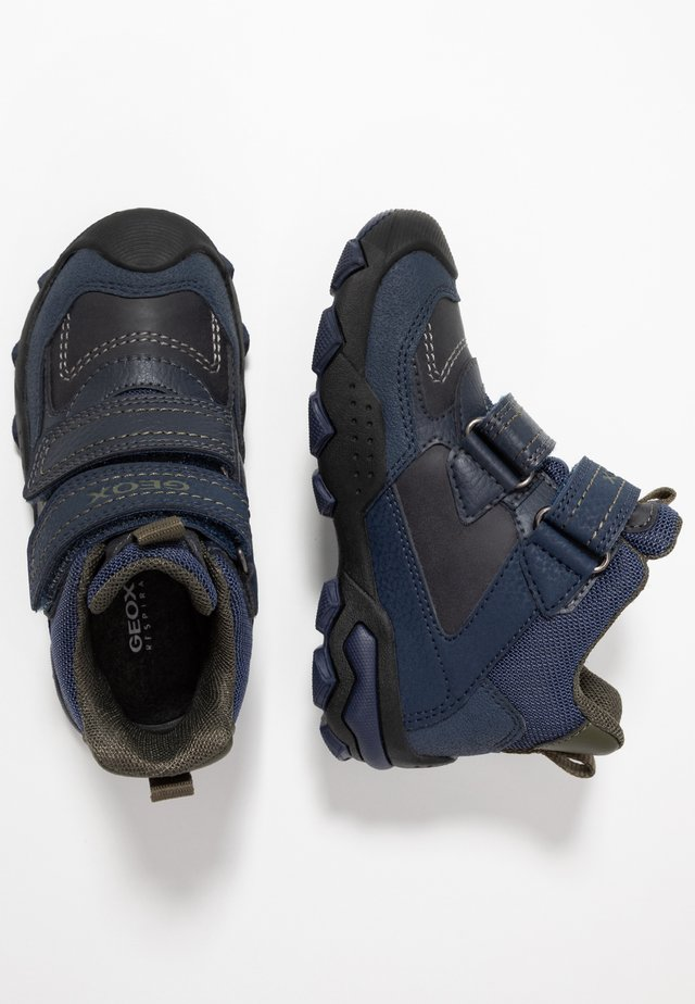 BULLER BOY ABX - Botines - navy/military