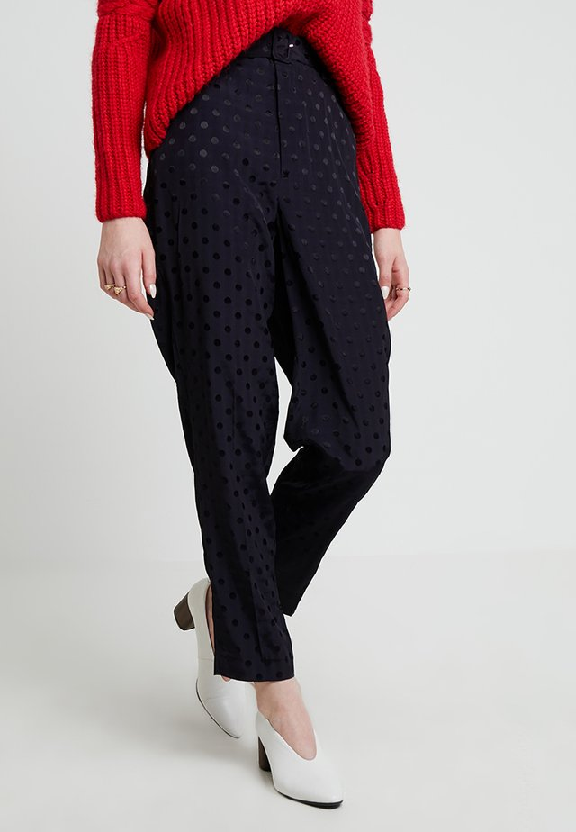 HALIA PANTS - Trousers - deep well