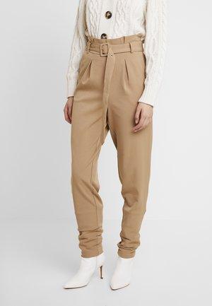 LENORA PANTS - Kalhoty - tannin