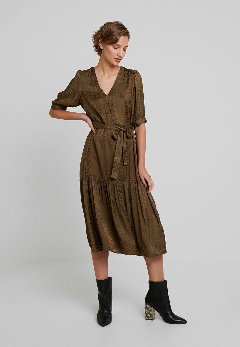 Gestuz - IRINA LONG DRESS - Blusenkleid - dark olive