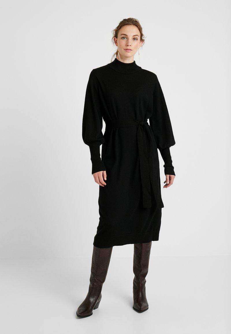 Gestuz - RIANGZ DRESS - Jumper dress - black