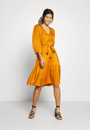 TABBY DRESS - Day dress - golden oak