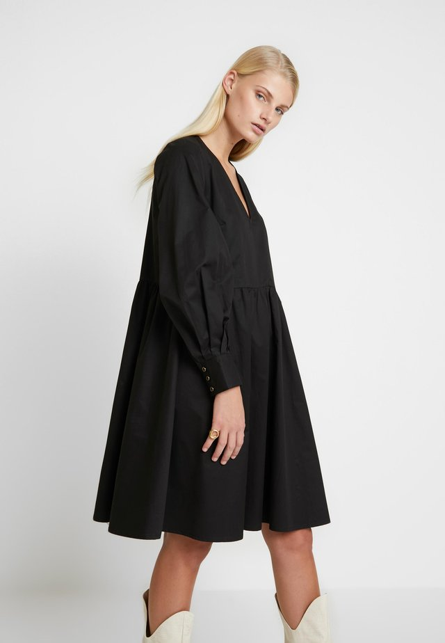 STELLA SOLID DRESS - Korte jurk - black