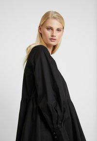 Gestuz - STELLA SOLID DRESS - Day dress - black - 5