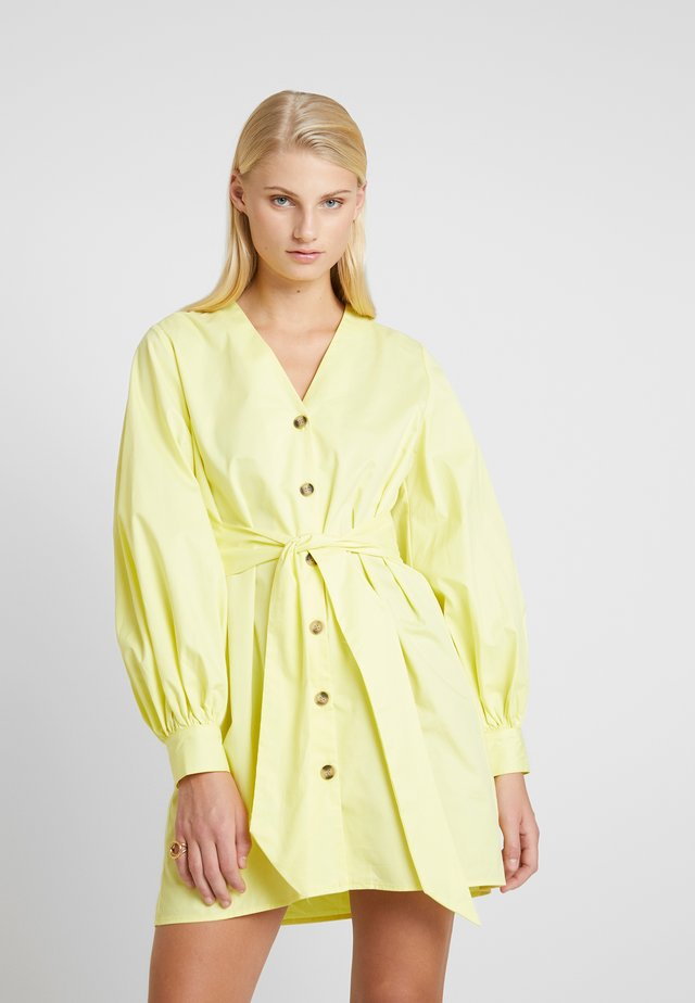 ALVA - Shirt dress - limelight