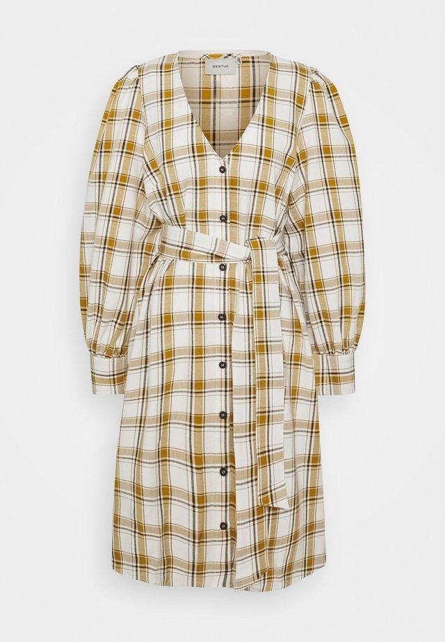 V-DRESS  - Denní šaty - yellow