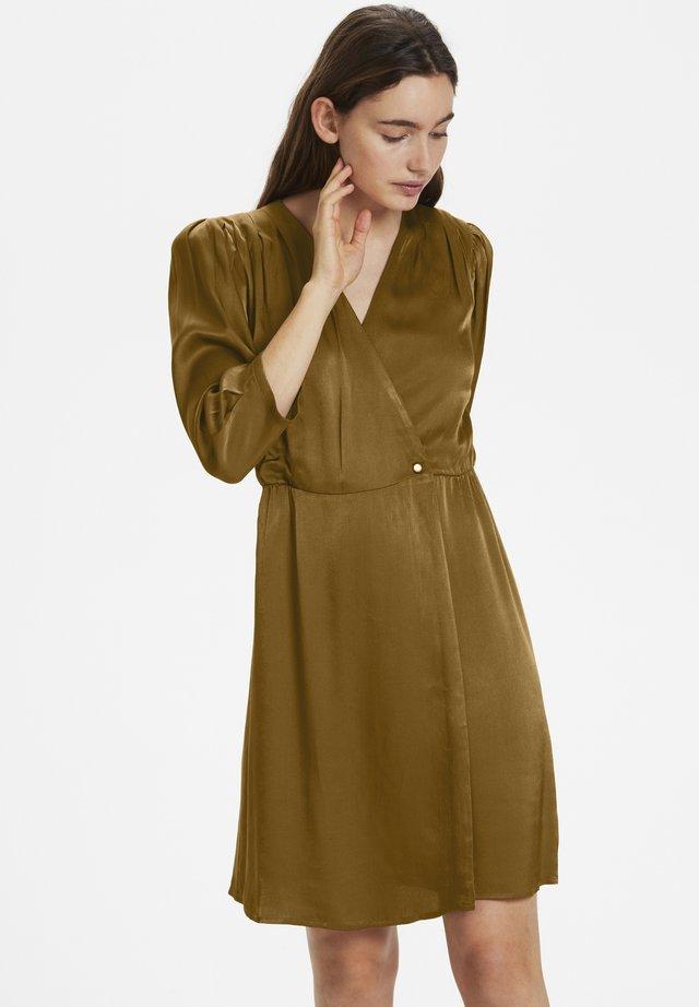 IRYGZ - Korte jurk - toffee