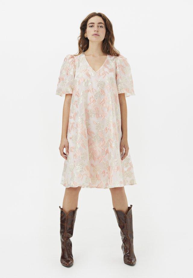Korte jurk - potpourri