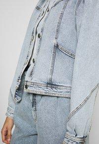 Gestuz - ATICAGZ JACKET - Denim jacket - light blue - 6
