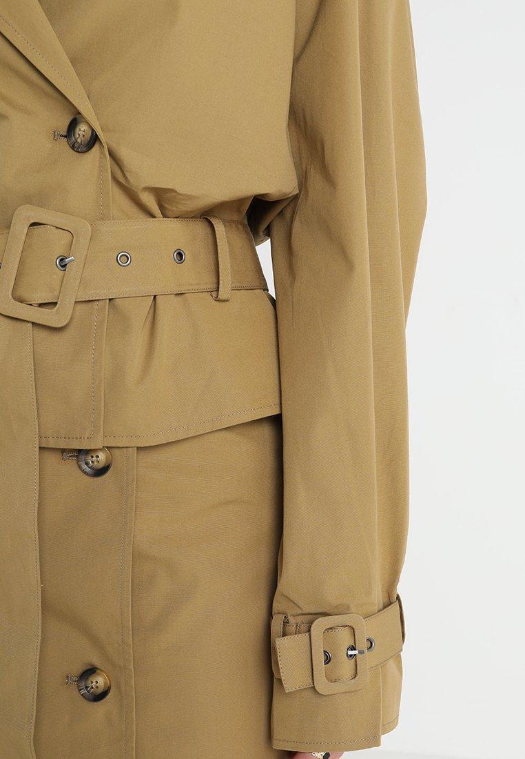 Gestuz MIRA SHORT - Leichte Jacke antique bronze