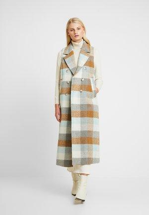 ANAYA WAISTCOAT - Waistcoat - iced blue/brown