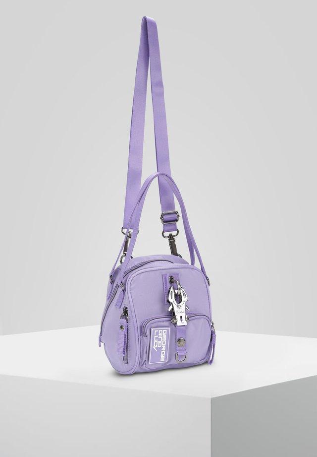 BOMB - Umhängetasche - lavender