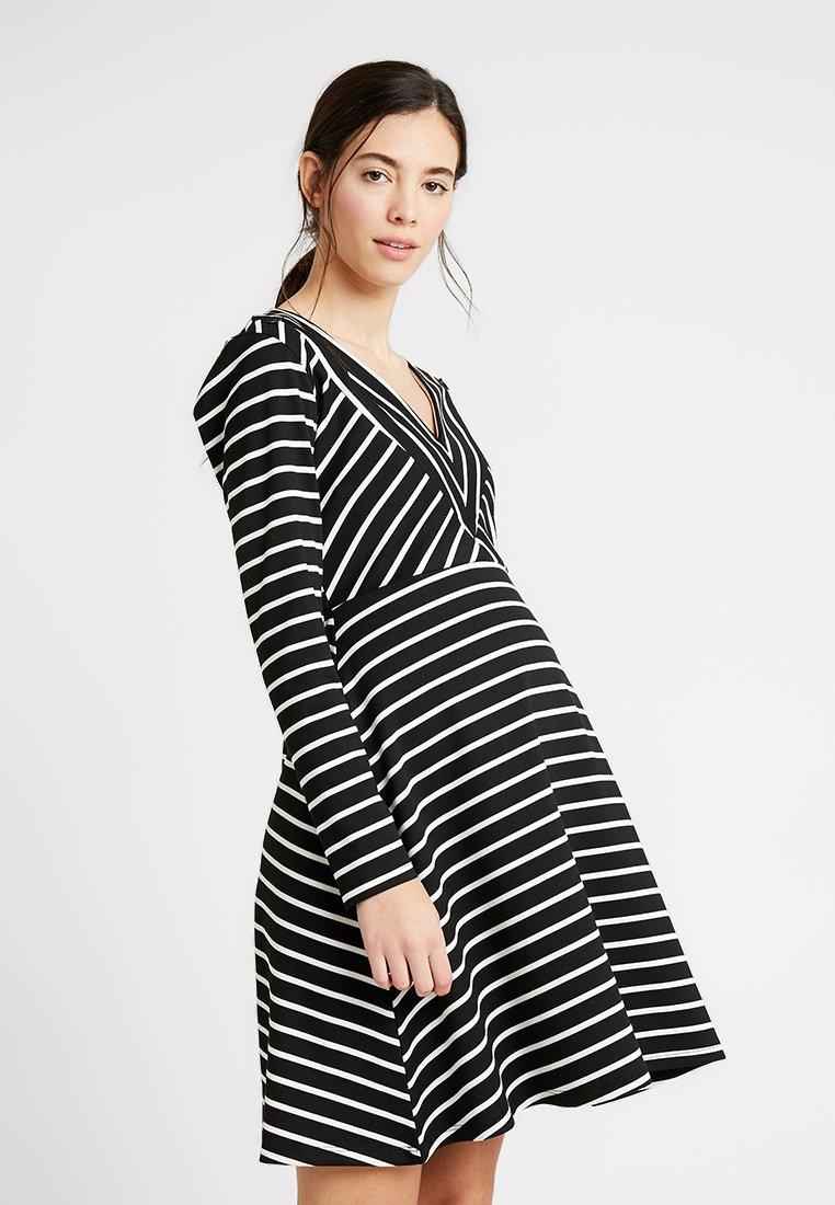 Gebe - DRESS BEYONCE - Jerseyjurk - black/white