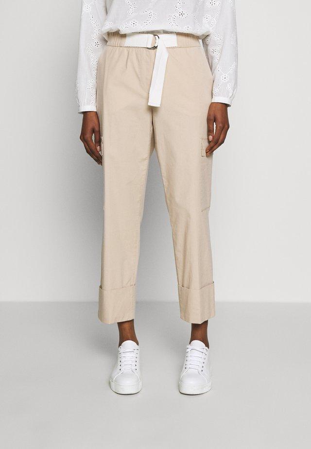 Spodnie materiałowe - desert