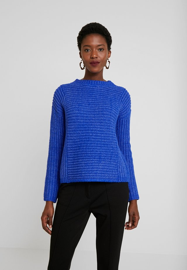 Strikpullover /Striktrøjer - electric blue