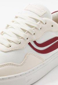 Genesis - SOLEY - Sneaker low - white/wine - 6