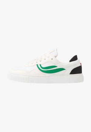 SOLEY - Sneakersy niskie - white/green/black