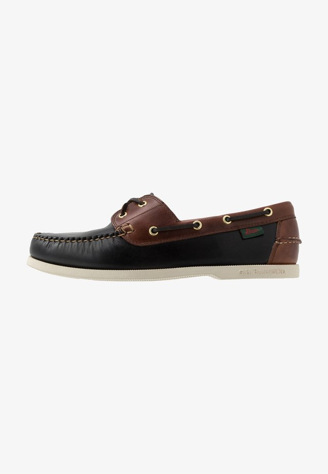 JETTY II BOATER - Buty żeglarskie - black/dark brown