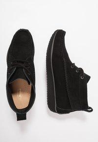 G. H. Bass & Co. - SCOUT RUNNER MID - Volnočasové šněrovací boty - black - 1