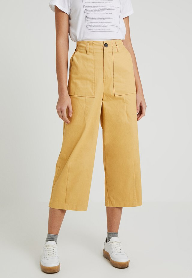 HABITAT TROUSERS - Broek - yellow