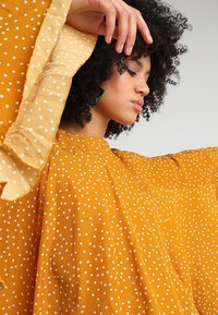 Ghospell - BIG POND BATWING - Blouse - yellow - 3