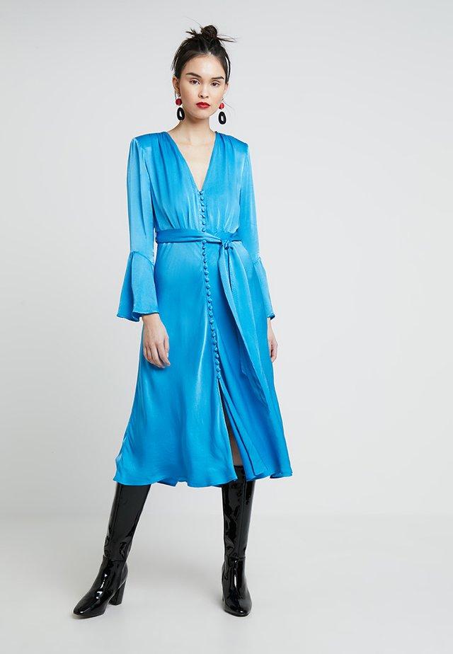 ANNABELLE DRESS - Skjortklänning - blue