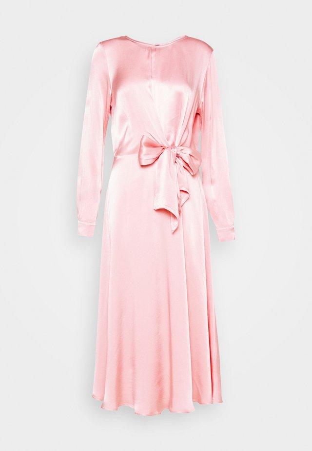 MINDY DRESS - Maxiklänning - pink