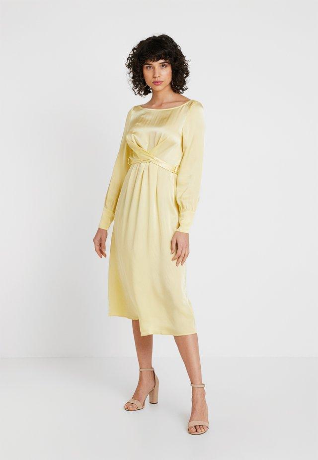 CASSIE DRESS - Juhlamekko - lemon
