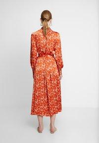 Ghost - LYN DRESS - Košilové šaty - orange - 3