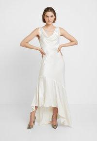 Ghost - DARCEY DRESS - Společenské šaty - ivory - 2