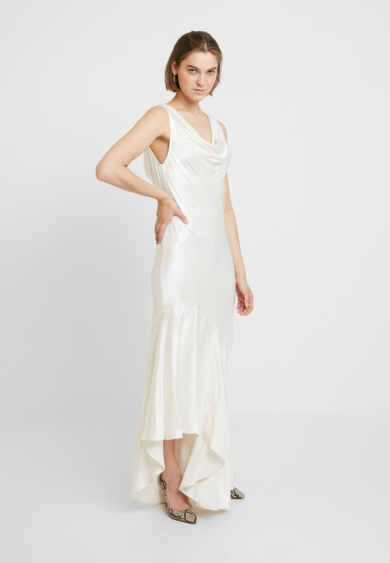 Ghost - DARCEY DRESS - Společenské šaty - ivory