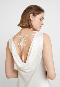 Ghost - DARCEY DRESS - Společenské šaty - ivory - 4