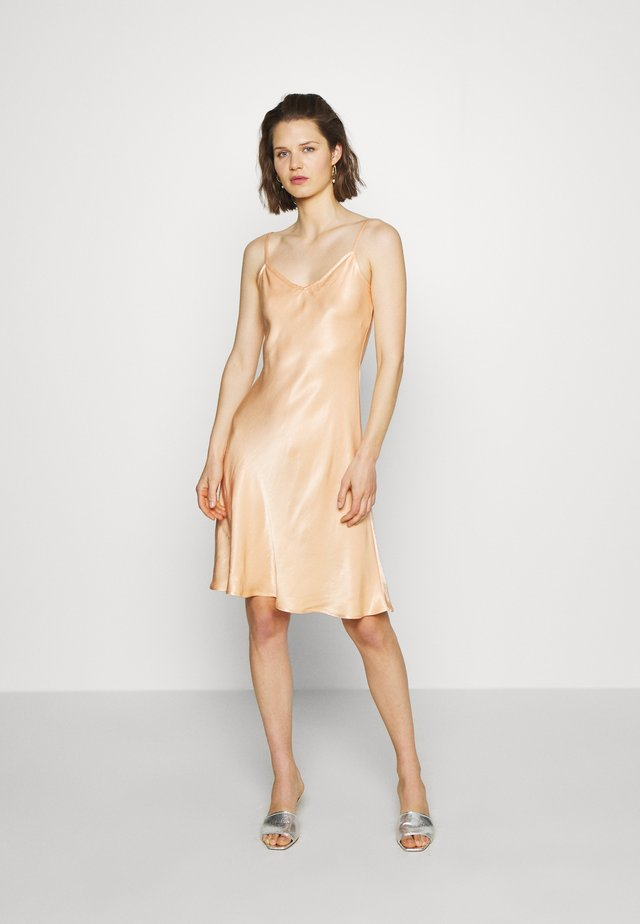 JO DRESS - Day dress - bronze
