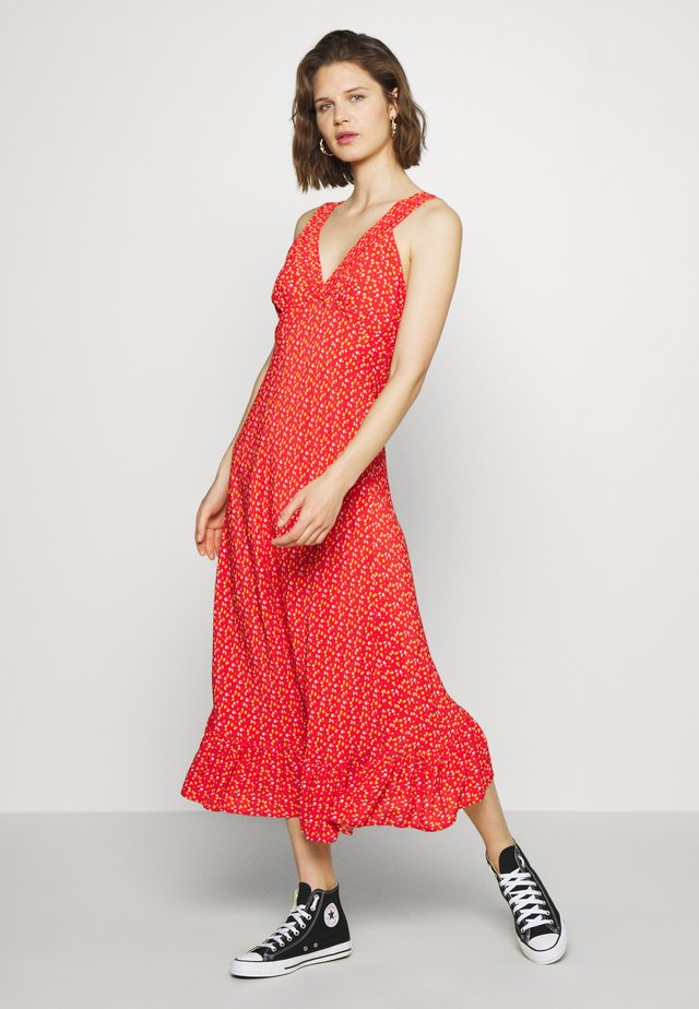 MEADOW DRESS - Day dress - red
